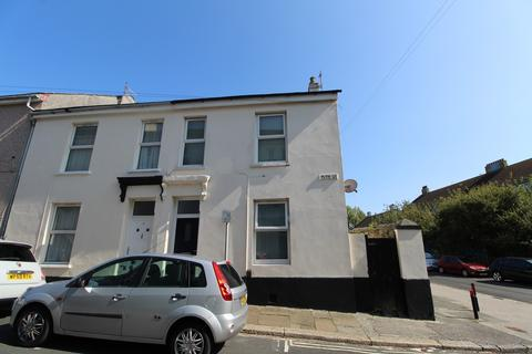 4 bedroom end of terrace house for sale - Ground Floor and First Floor 2 bedroom Flats