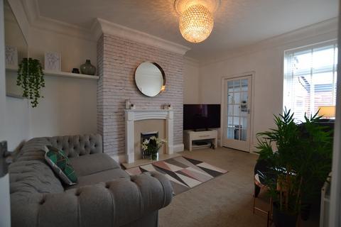 3 bedroom flat for sale - Haig Street, Gateshead