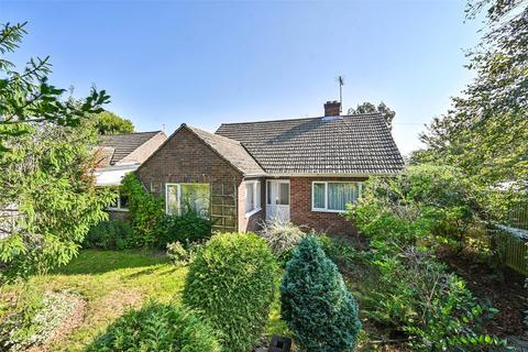 3 bedroom bungalow for sale - Eastwell Close, Shadoxhurst, Ashford, Kent, TN26