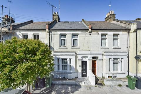 4 bedroom terraced house for sale - Thorparch Road, London SW8