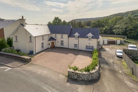 5 bedroom detached house for sale - Commercial Road, Caerphilly REF#00011029