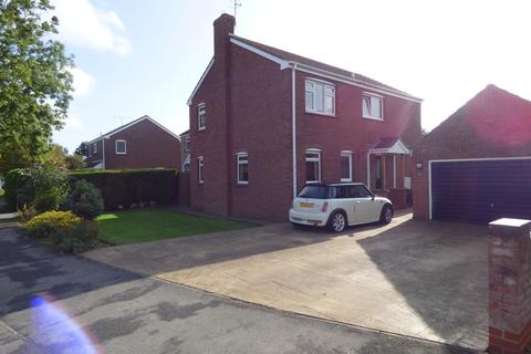 4 bedroom detached house for sale - Tardrew Close, Beverley, East Riding of Yorkshire, HU17 7QH