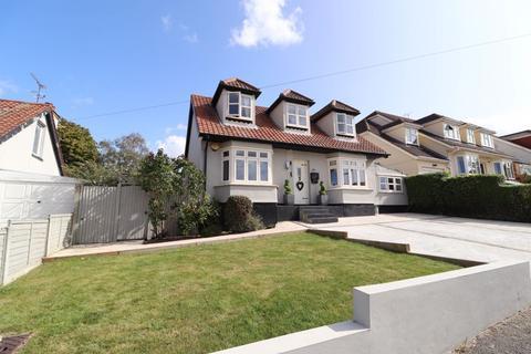 3 bedroom detached house for sale - Grosvenor Road, Benfleet