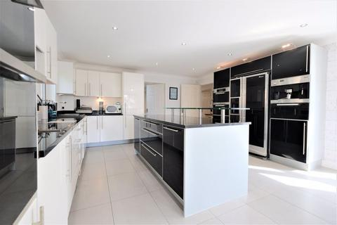 4 bedroom detached house for sale - Appleyard Close, Agecroft Hall, Swinton, Manchester