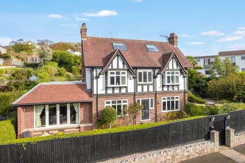 4 bedroom detached house for sale - Ilsham Marine Drive, Torquay, TQ1