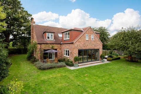 5 bedroom detached house for sale - Skipwith Road, Escrick, York