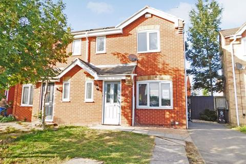 3 bedroom semi-detached house for sale - Autumn Road, Leicester