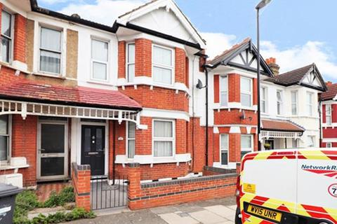 2 bedroom house for sale - Datchet Road, London