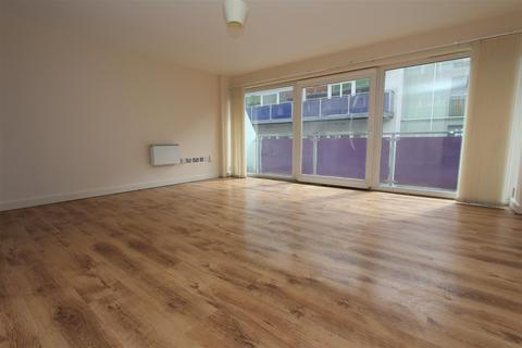 2 bedroom flat for sale - Concord Street, Leeds