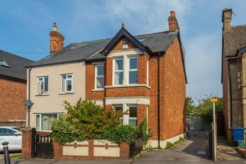 4 bedroom semi-detached house for sale - Temple Cowley, Oxford