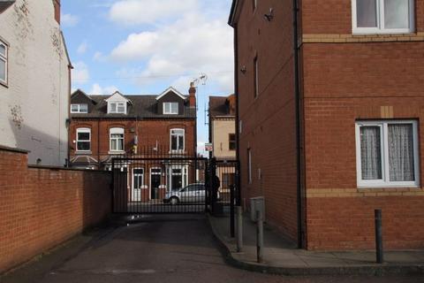 1 bedroom flat - Douper Hall, 18-20 Dawlish Road, Selly Oak