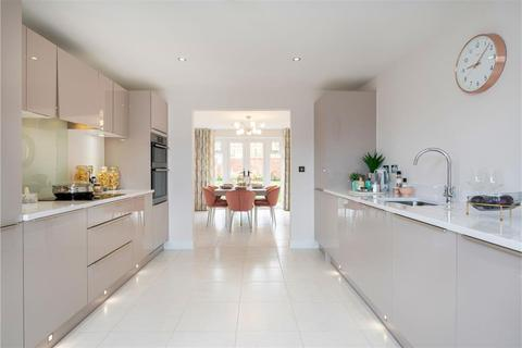 4 bedroom detached house for sale - The Thornford- Plot 130 at Kingsbrook Place, Station Road IP30