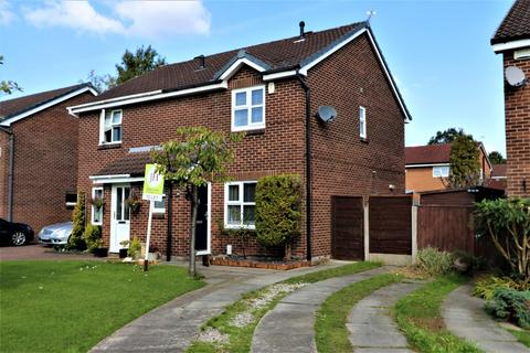 3 bedroom semi-detached house to rent - Chevington Drive, Stockport