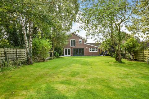 5 bedroom link detached house for sale - Valley View, Wheldrake