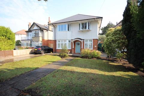 3 bedroom apartment for sale - Wentworth Avenue, Southbourne, Bournemouth