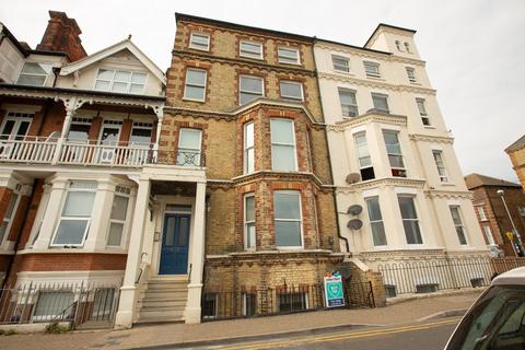 2 bedroom apartment for sale - Victoria Parade, Broadstairs