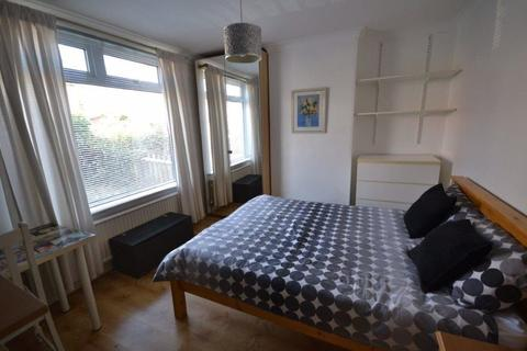 3 bedroom semi-detached house to rent - Heather Road, Knighton Fields, Leciester, LE2 6DD