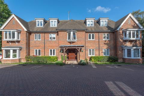 2 bedroom flat for sale - 100 Portsmouth Road, Camberley, Surrey, GU15