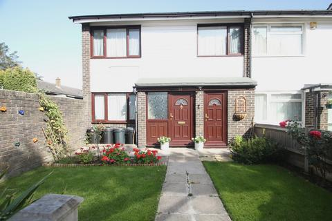 3 bedroom terraced house for sale - Ryefield, Orpington, BR5