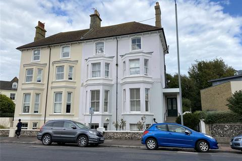 2 bedroom apartment for sale - Chiswick Place, Eastbourne, East Sussex, BN21