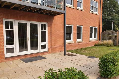 2 bedroom ground floor flat to rent - Sterling Place, Woodhall Spa, Lincolnshire, LN10 6NU