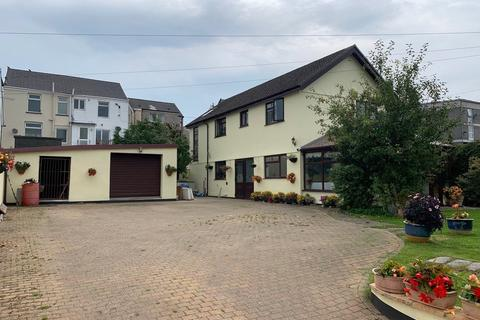 3 bedroom detached house for sale - Pontycapel Road, Cefn Coed, Merthyr Tydfil, CF48
