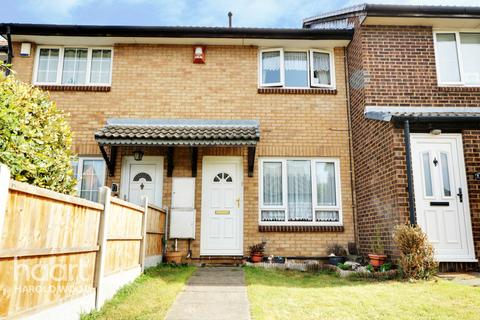 2 bedroom terraced house for sale - Juniper Way, Romford