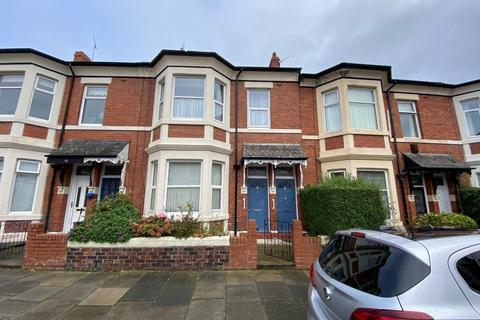 2 bedroom ground floor flat for sale - Military Road, North Shields, Tyne and Wear, NE30 2AB