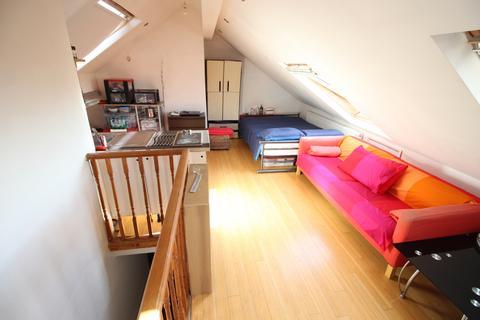 Studio to rent - Fore Street, Edmonton, N18