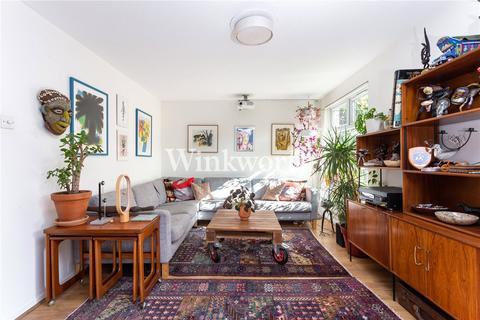 3 bedroom flat for sale - Culvert Road, London, N15