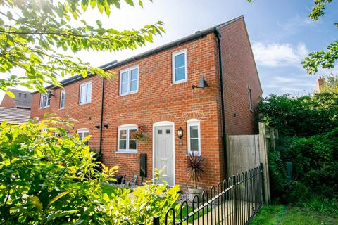 3 bedroom terraced house for sale - Kohima Crescent, Saighton, Chester
