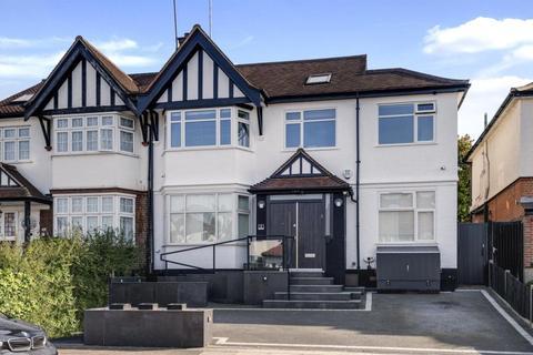 4 bedroom flat for sale - Monkville Avenue, Temple Fortune, London, NW11