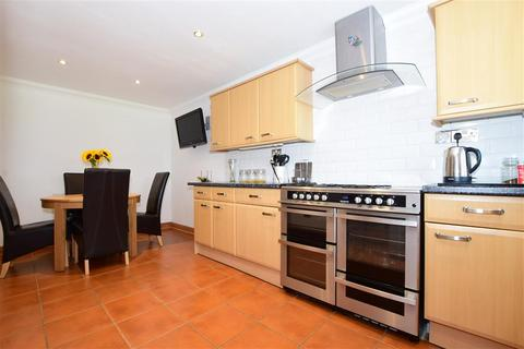 3 bedroom terraced house - Radnor Road, Worthing, West Sussex