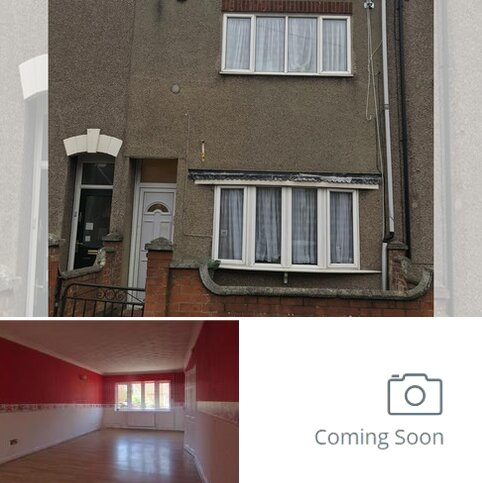 3 bedroom terraced house for sale - Stanley Street, Grimsby DN32