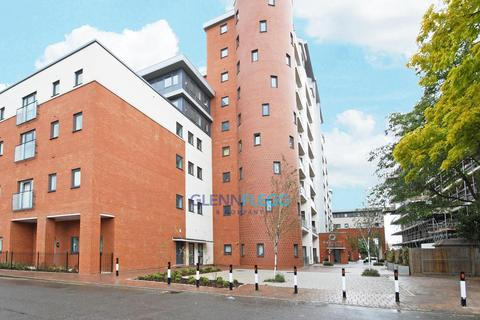 2 bedroom flat to rent - The Junction, Central Slough