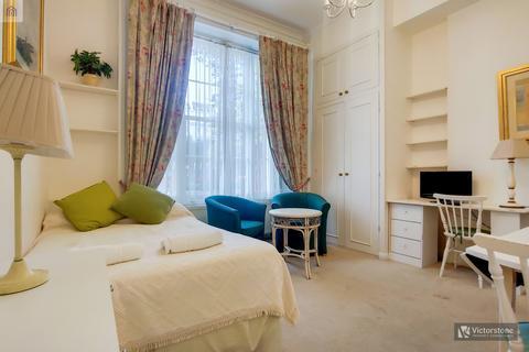 Studio to rent - Craven Hill Gardens,  Paddington, W2