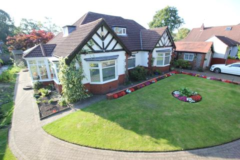 3 bedroom bungalow for sale - Cornhill Road, Davyhulme