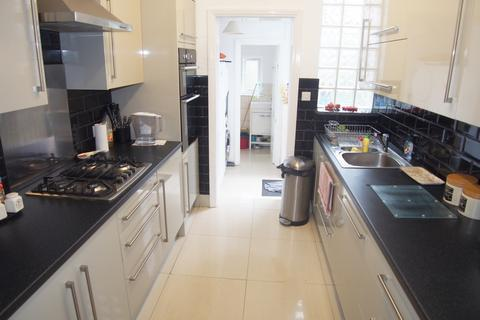 3 bedroom terraced house for sale - Halstead road, Winchmore Hill N21