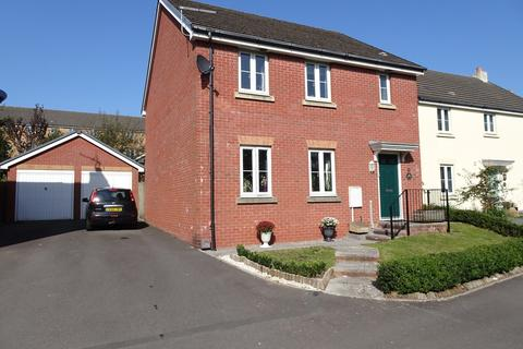 4 bedroom detached house for sale - SWALLOW CLOSE, NORTH CORNELLY, CF33 4PQ