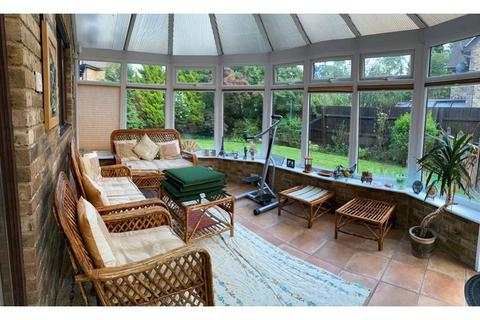 4 bedroom detached house for sale - Clos Elphan , St Melons, Cardiff