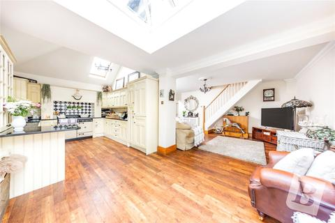 2 bedroom detached house for sale - Hornchurch Road, Hornchurch, RM11
