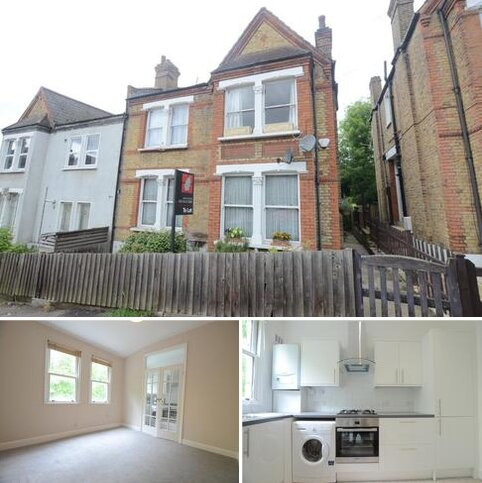 2 bedroom flat to rent - Montem Road Forest Hill SE23