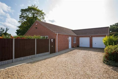 3 bedroom detached bungalow for sale - Mel Marshall Way, Wrangle, Boston, Lincolnshire