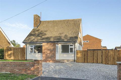 3 bedroom chalet for sale - Cause End Road, Wootton, Bedford