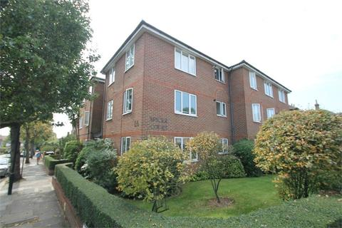 1 bedroom flat - Spicer Court, EN1