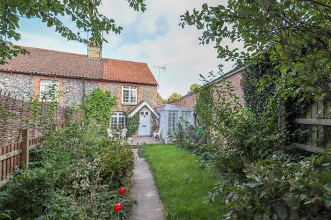 2 bedroom cottage to rent - Oxford Street, Exning