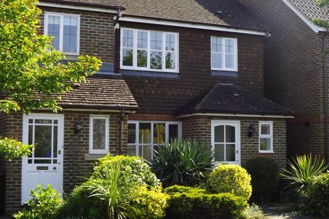 3 bedroom semi-detached house for sale - Priors Acre, Boxgrove, Chichester PO18