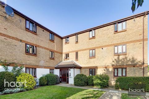 2 bedroom flat for sale - Burnham Gardens, Croydon