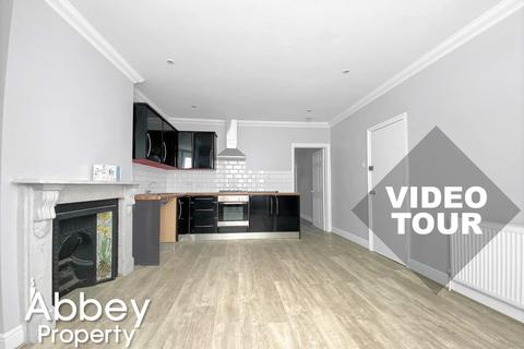 1 bedroom flat to rent - Stockwood Crescent - Close to Town Centre - LU1 3SS