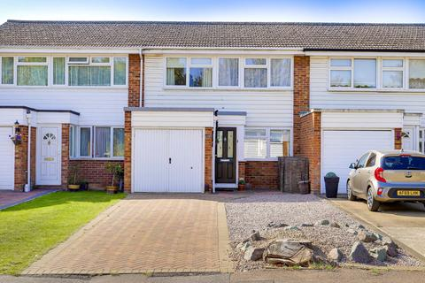 3 bedroom terraced house for sale - Lindsay Close, Royston